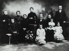 Rodzina mieszczańska Zofii i Ignacego Chomińskich z Białej Podlaskiej [fotografia]