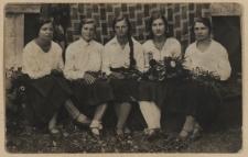 Mieszkanki Rossosza należące do Dziewczęcej Służby Maryjnej – Biel