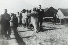 Orszak weselny w Konstantynowie [fotografia]