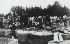 Kopanie fundamentów pod kościół w Konstantynowie [fotografia]