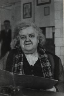Helena Kisielewicz - nauczycielka historii i geografii w Liceum Ogólnokształcącym im. J. I. Kraszewskiego w Białej Podlaskiej [fotografia]