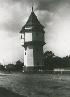 Wieża ciśnień przy stacji kolejowej w Białej Podlaskiej fotografia]