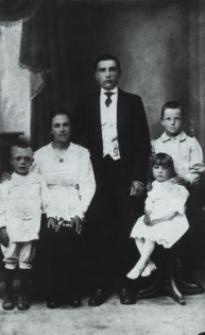 Rodzina Aleksandra i Wiktorii Makarewiczów z Białej Podlaskiej [fotografia]