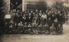 Szkoła Powszechna w Pawłowie Starym [fotografia]