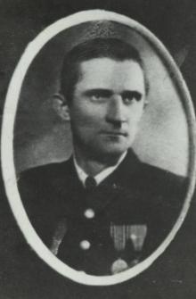Pracownik sądu w Białej Podlaskiej - woźny p. Nikończuk [fotografia]