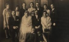 Pamiątkowa fotografia ślubna mieszkańców Białej Podlaskiej [fotografia]
