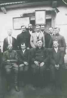 Członkowie Zarządu Kasy Stefczyka w Tucznej [fotografia]