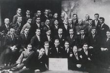Pracownicy Podlaskiej Wytwórni Samolotów w Białej Podlaskiej [fotografia]