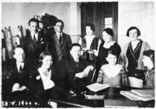 Nauczyciele Szkoły Podstawowej nr 3 w Białej Podlaskiej w pokoju nauczycielskim