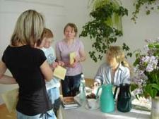 Spotkanie autorskie z Anna Onichimowską w Domu Dziecka w Komarnie, 15.05.2007 r.